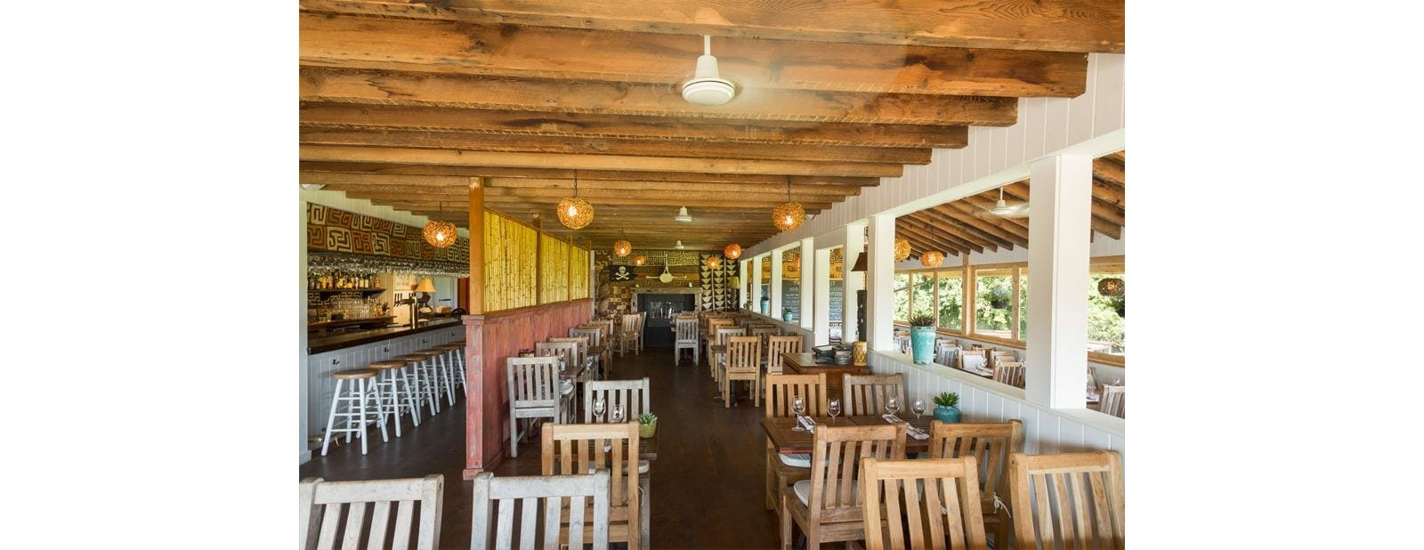 crows nest montauk dining room