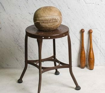 backless Toledo stool