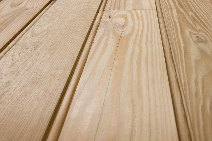 5 inch sinker pine detail