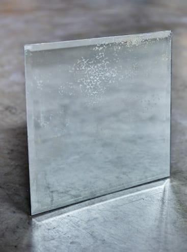antiqued mirror crackle