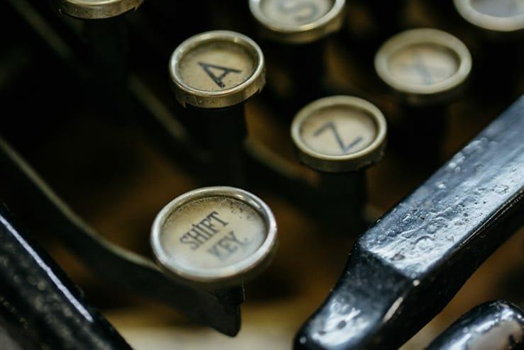 antique underwood typewriter
