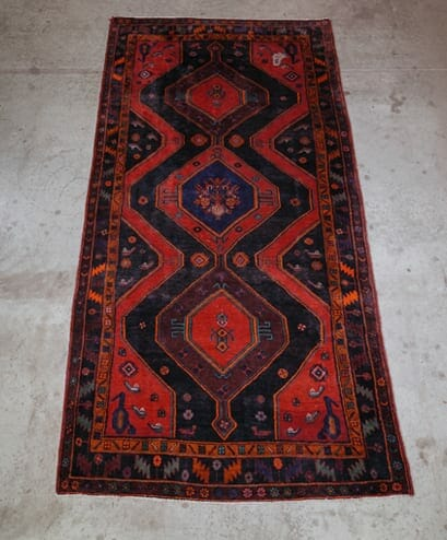scarlet diamond vintage oriental rug