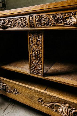 golden oak server
